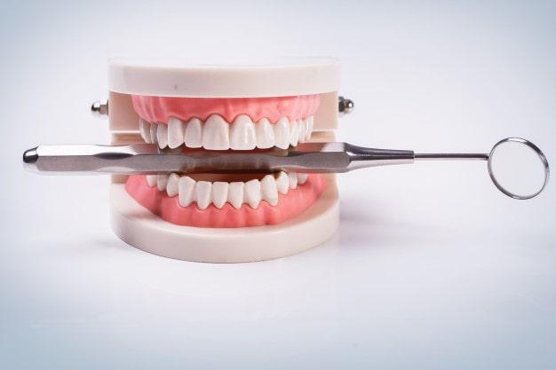 آشنایی با دندانپزشکی زیبایی و خدمات انجام شده در این زمینه