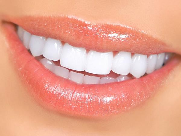 تفاوت کامپوزیت دندان و ایمپلنت